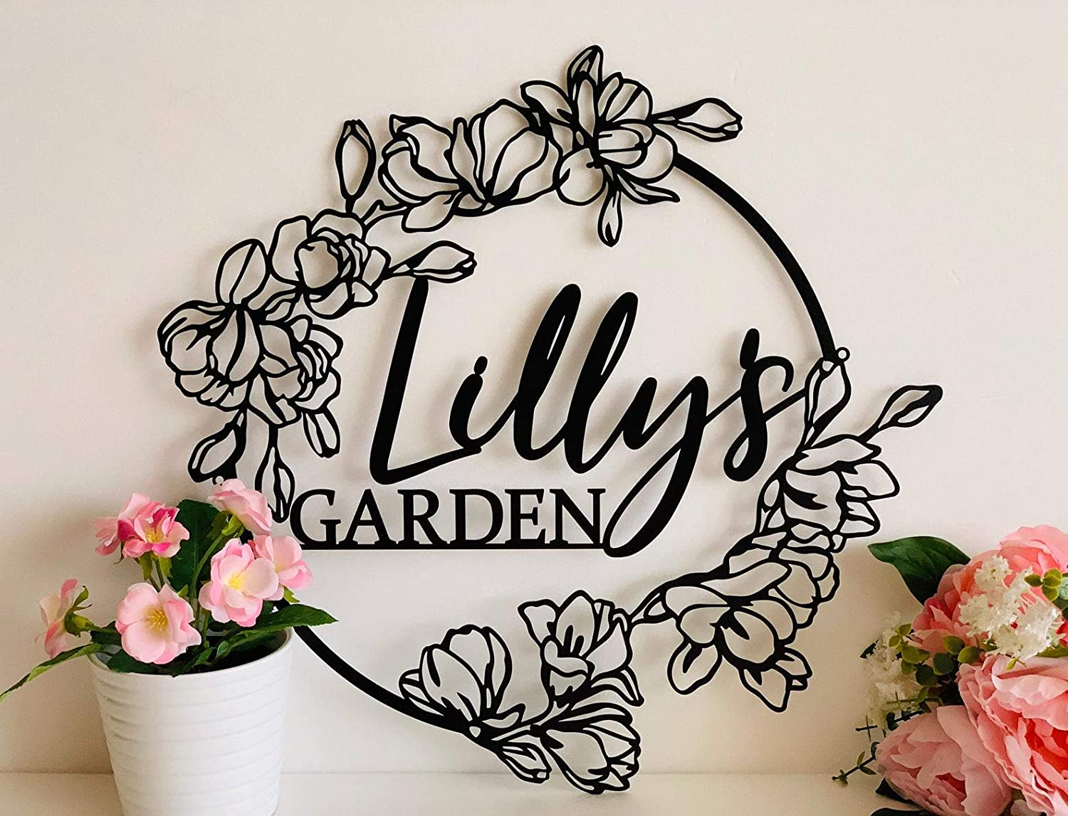 Personalized Flower Garden Name Sign, Custom Metal Wall Art, Gift for Gardener, Decorative Hanging Outdoor Decor, Flower Sign Plaque, Mom's Garden, Grandma's Garden, Metal Plate, Handmade Decoration