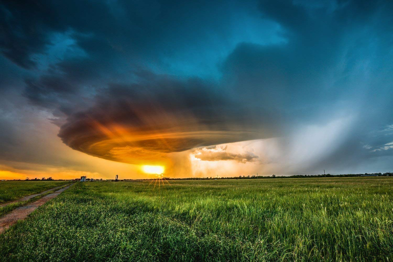 Oklahoma Thunderstorm Wall Art Print - Amazing Storm on the Southern Plains Weather Artwork Decor for Home Decoration 5x7 to 30x45