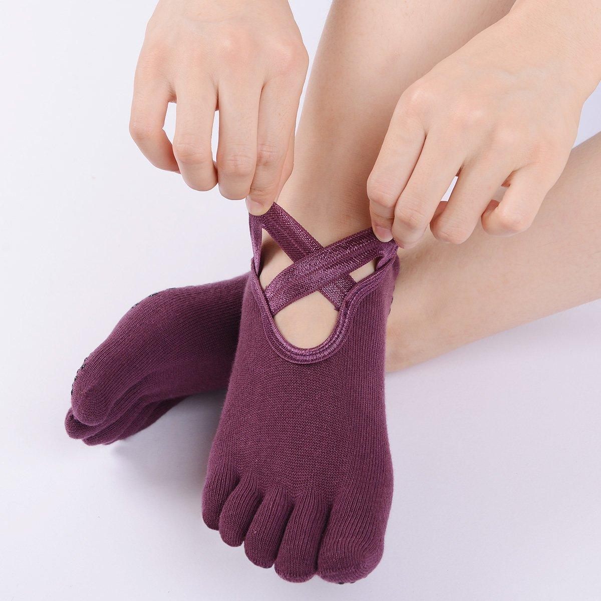 Neoyowo Women Yoga Socks Non Skid with Full Toe for Pilates Gym Fitness Ballet Toe Socks (3 Pairs of Black Gray Purple)