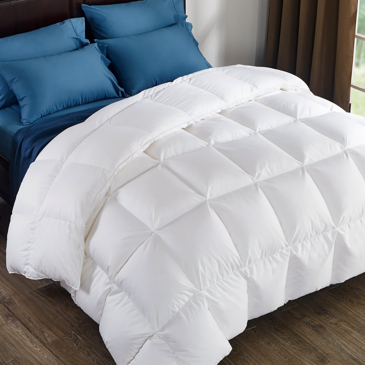 puredown 800 Fill Power White Goose Down Comforter, 700 Thread Count, 100% Cotton Fabric, Queen Size, White
