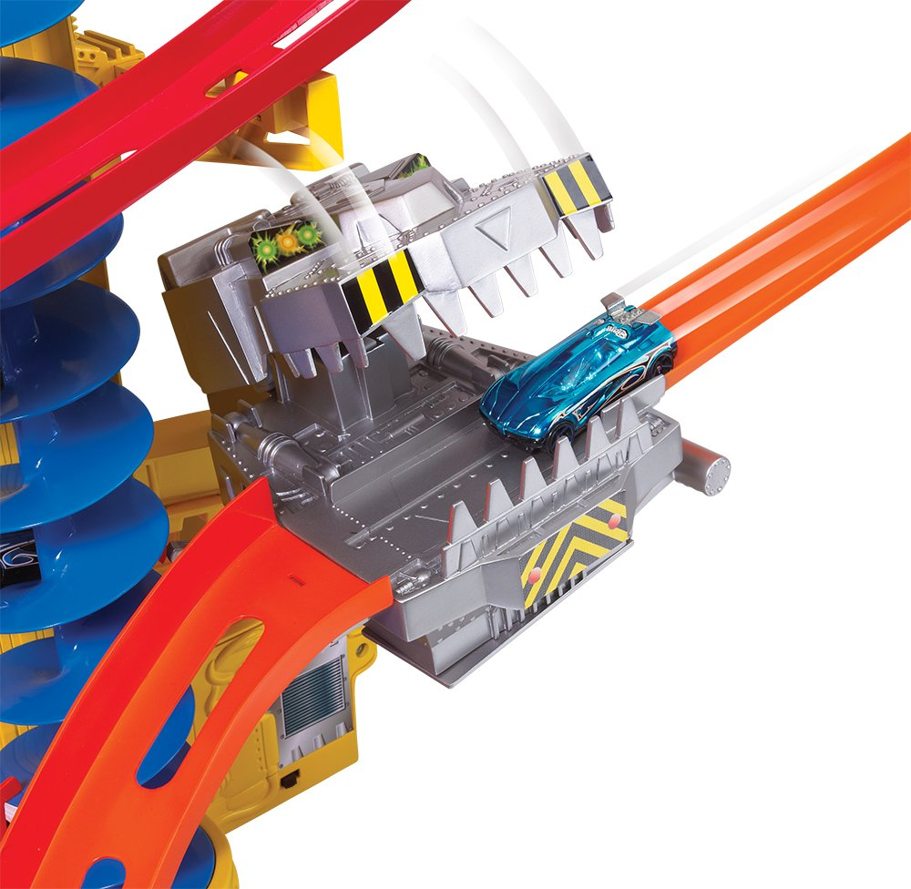 Amazon.com: Hot Wheels Wall Tracks Power Tower Trackset: Toys & Games