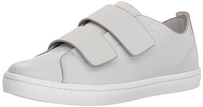 864ddb949feb Lacoste Women s Straightset Strap 118 1 CAW Sneaker Light Grey White 7 ...