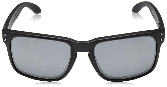 6fe0c18850 Amazon.com  Oakley Holbrook Sunglasses  Clothing