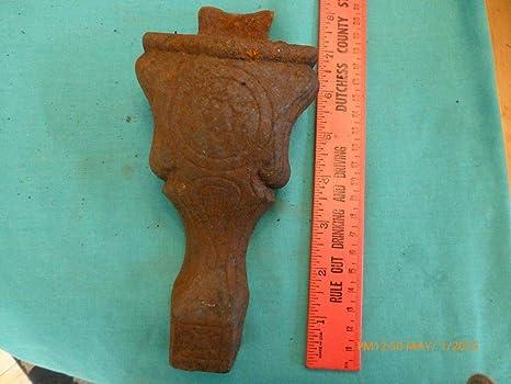 meet huge sale best Amazon.com : 1 Vtg leg foot part cast iron gothic ' bath tub ...