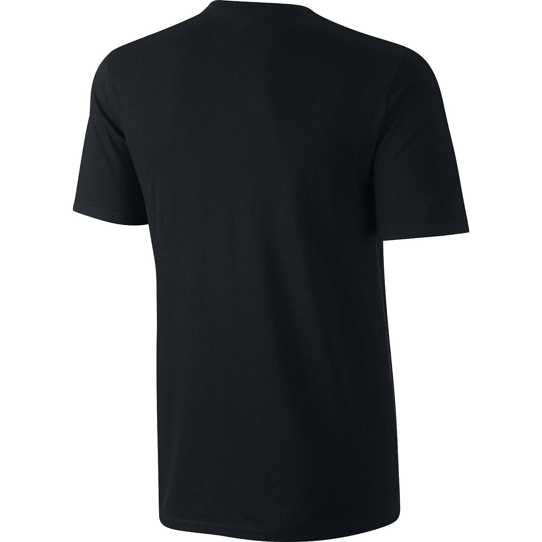 5c541452 Amazon.com: NIKE Sportswear Men's Hangtag Swoosh Tee: Clothing