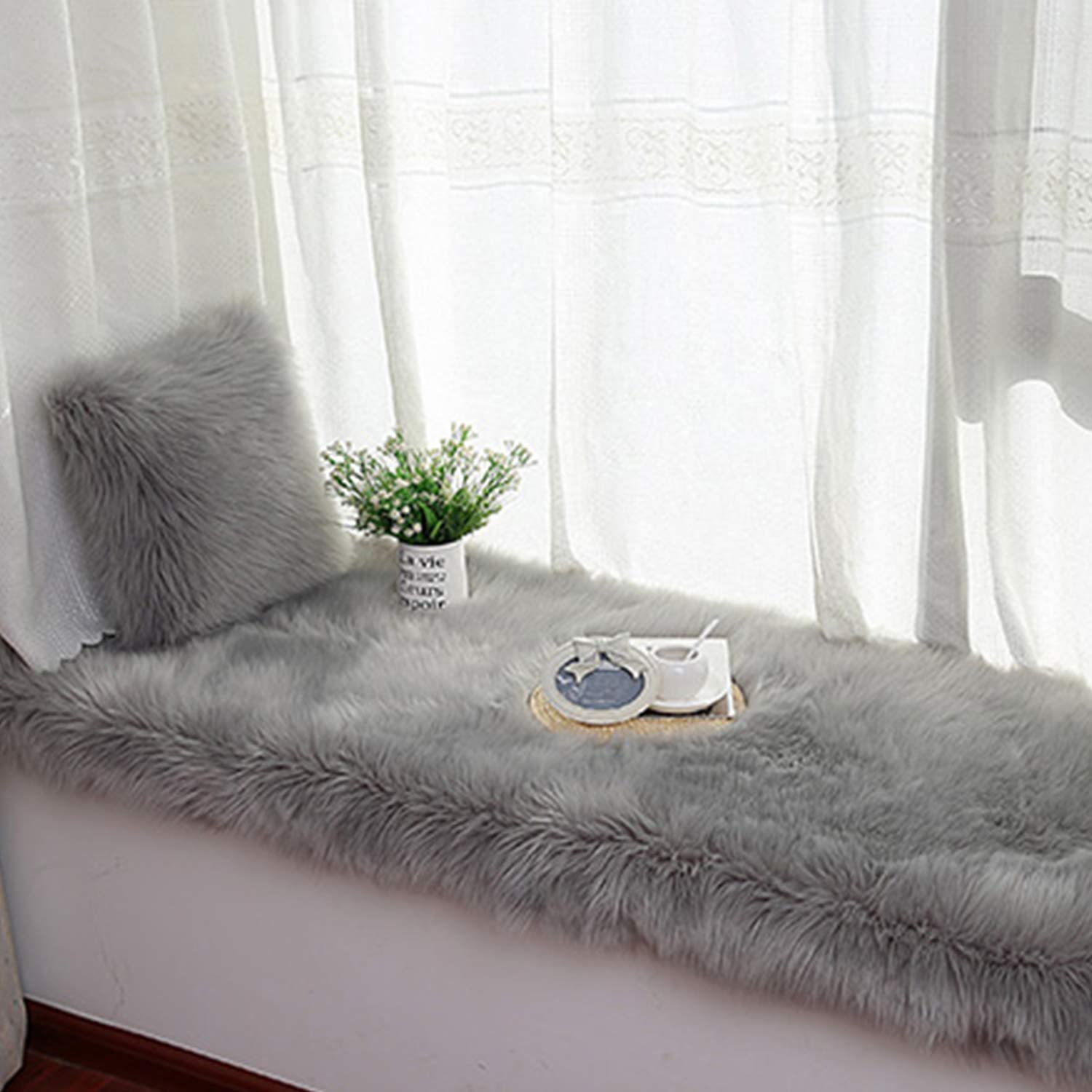 Gray Bench 43 X 43 cm Unee1 Decorative Throw Pillow Covers 17 x 17 Cushion Cover Soft Plush Pillowcase for Couch,Sofa,Bed