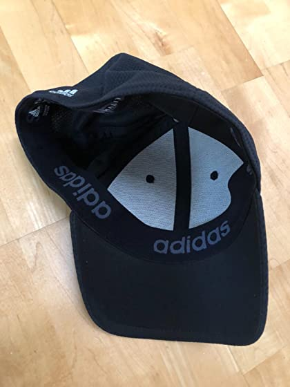 adidas Men's Release Stretch Fit Cap Need a great fitting stylish hat?