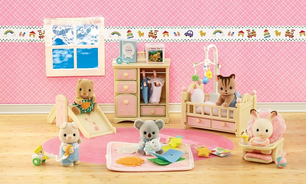 Amazon.com: Calico Critters Deluxe Baby\'s Nursery Set: Toys & Games