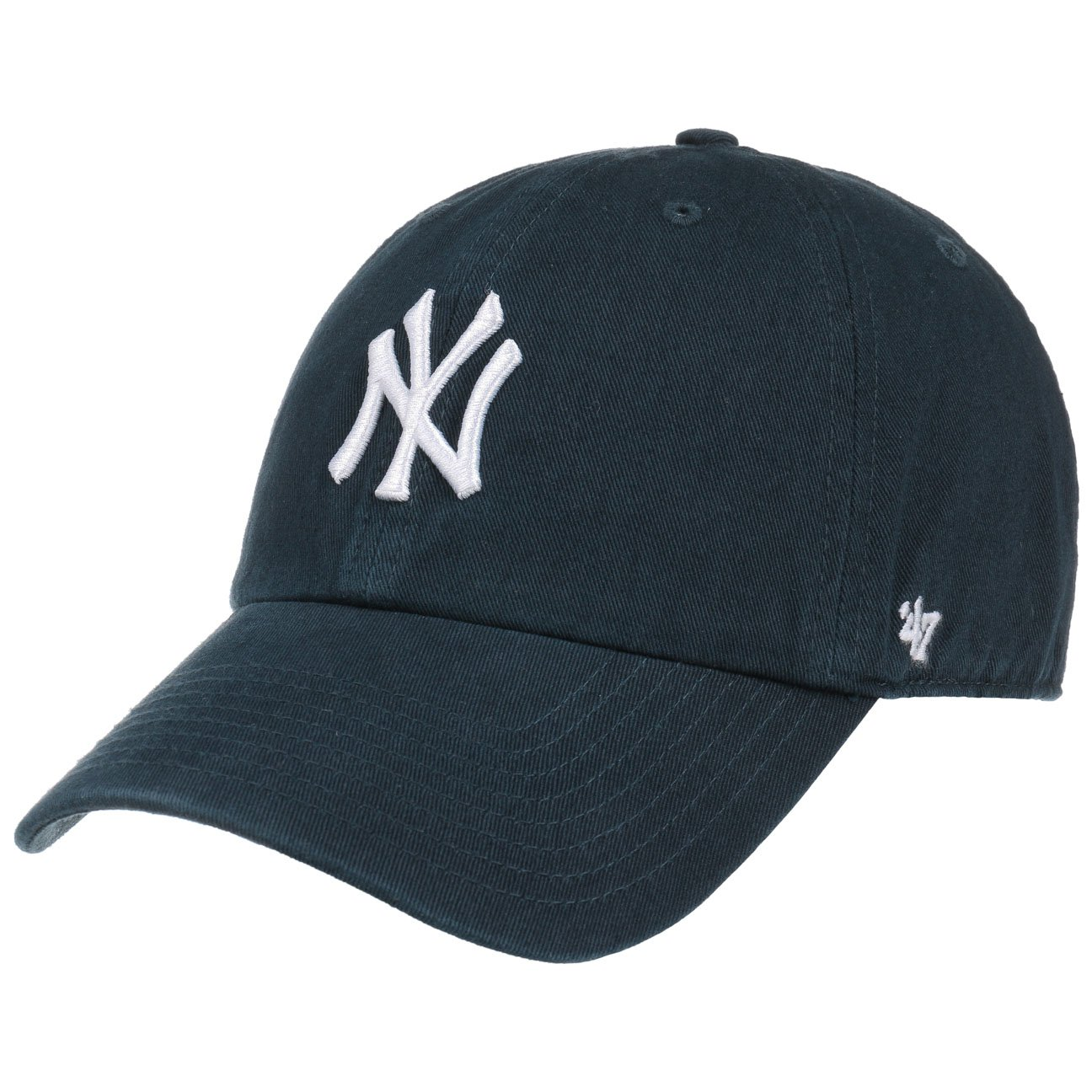 brand new 51cb1 329eb Amazon.com   47 MLB New York Yankees Brand Clean Up Adjustable Cap, One  Size, Black  Clothing