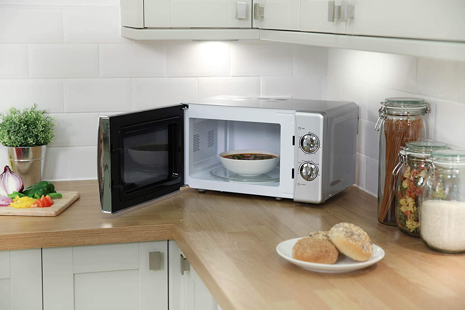 Russell Hobbs RHMM701C 17L Manual 700w Solo Microwave Cream Silver
