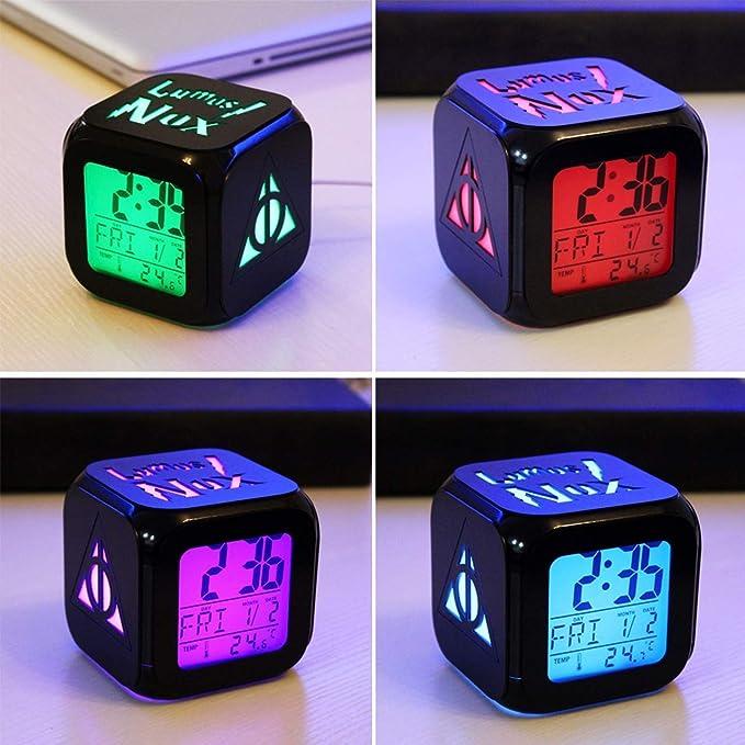 Shuofeng Tech Harry Potter Cargador USB 3D LED Despertador Blanco Colorido Retroiluminación Colorido Digital 7 Platos Reloj Alarma Electrónico: Amazon.es: ...