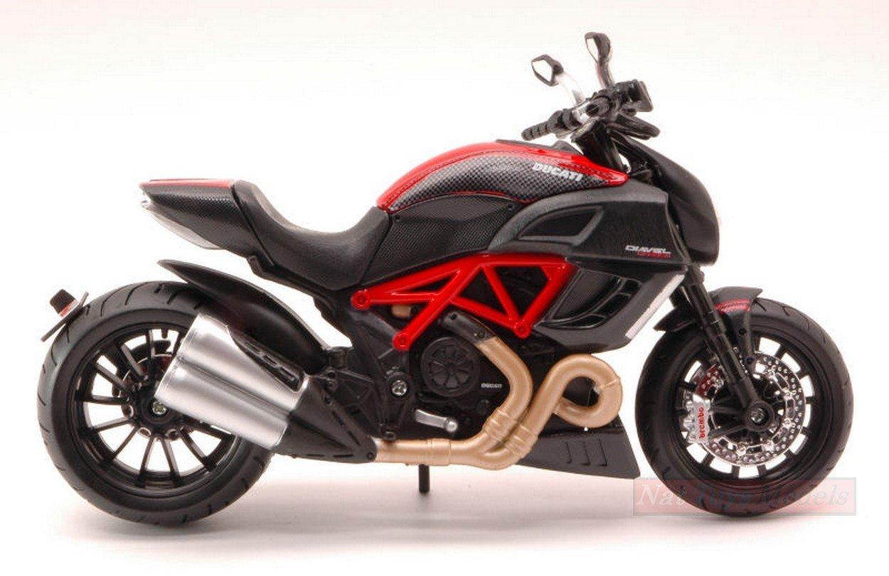 NEW MAISTO MI31196DD Ducati DIAVEL Carbon 1:12 MODELLINO Die Cast Model