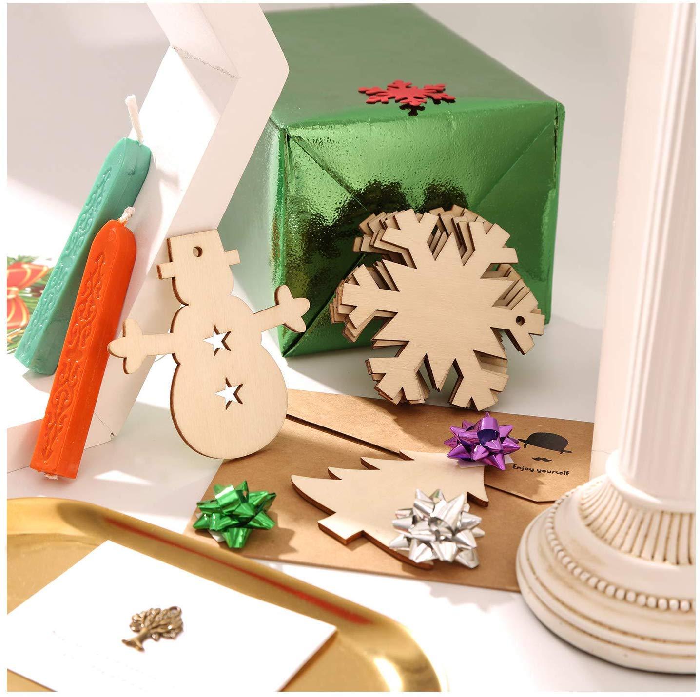 Amacoam Adorno Arbol Navidad Madera Colgantes de Madera para Navidad Adorno de Madera de Arbol de Navidad Ornamento con Cordel para Manualidades Bricolaje Decoraciones Navidad Hogar Adornos 50 Piezas