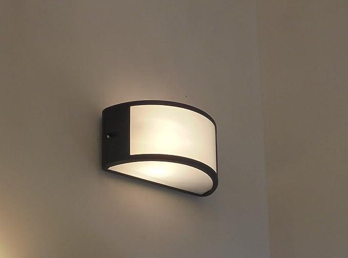 Lampade Da Parete Per Esterni : Applique lampada da parete per esterno moderno illuminazione
