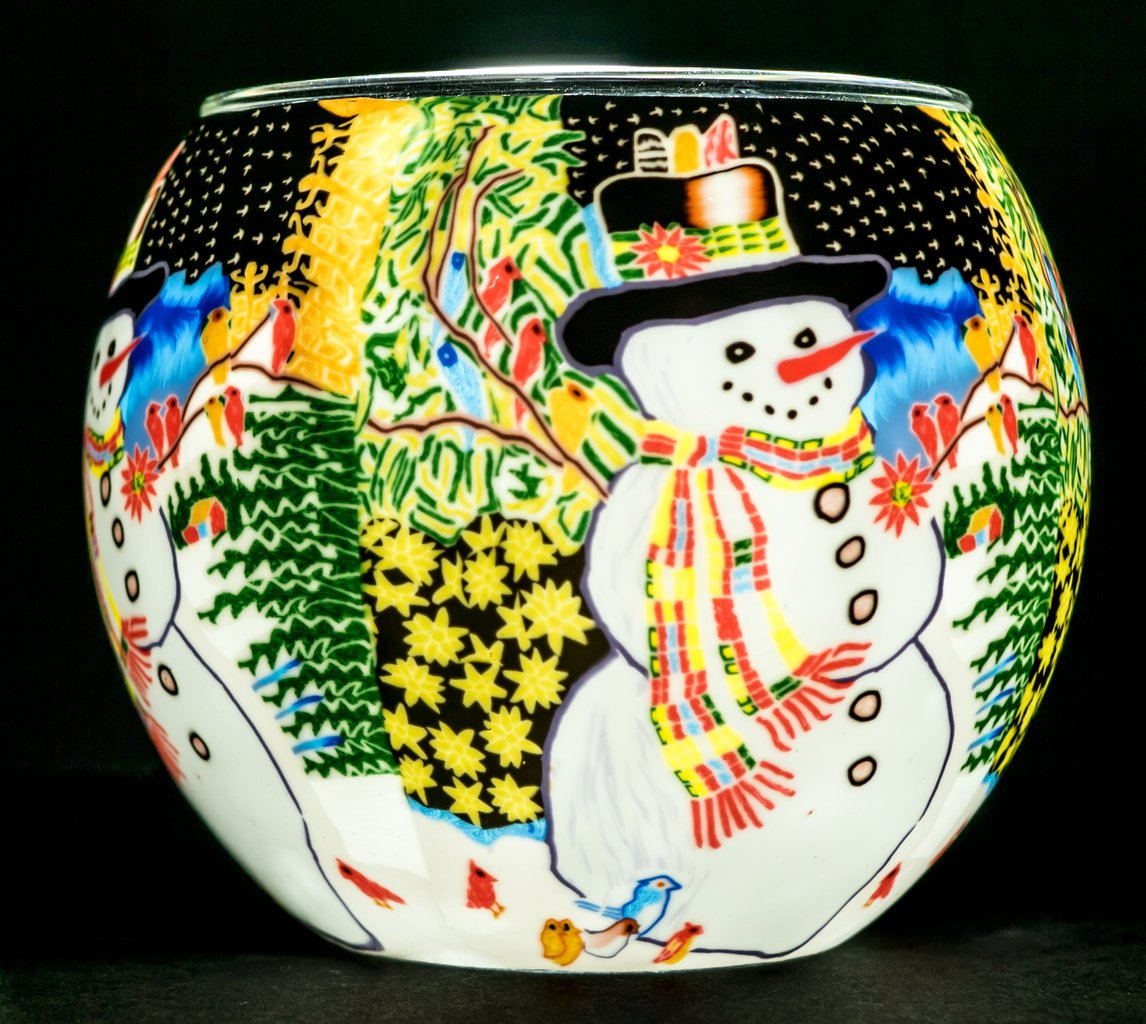 Benaya Glass Nightlight Christmas Tealight Holder - A Snowman Chorus Milford Collection