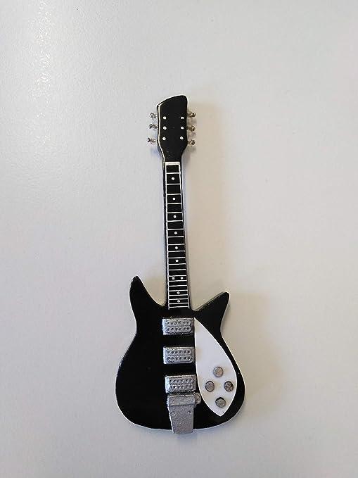 Axman John Lennon (Los Beatles): 1963 Rickenbacker 325 ...