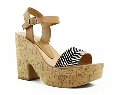 a3934244eb6 Amazon.com  Dolce Vita Women s Randi Wedge Sandals  Shoes