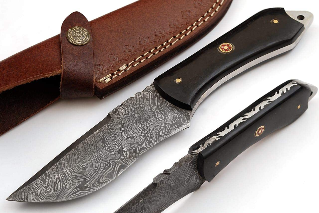 SharpWorld Beautiful Damascus Knife Made of Remarkable Damascus Steel Buffalo Horn Handle -Best Hunting Knife with Brown Sheath TJ110