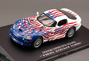 Universal Hobby UH3674 Dodge Viper GTS Coupe Twin Stryker Turbo 1:43 Die Cast: Amazon.es: Juguetes y juegos