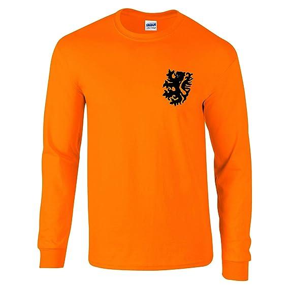 5933a52aae2f Retro Dutch Holland Netherlands Long-Sleeved Football Shirt 60 s 70 s  Style  Amazon.co.uk  Clothing