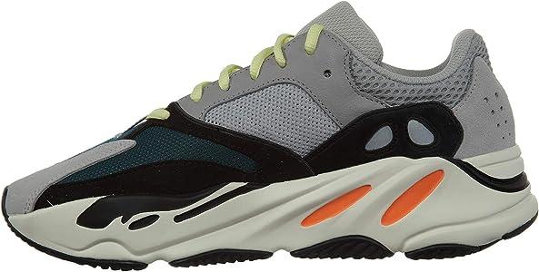 classic fit ce991 44e80 Amazon.com | Adidas Yeezy Boost 700