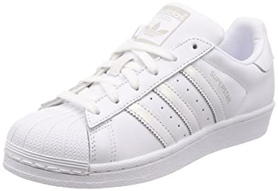 Adidas Superstar W, Chaussures de Basketball Femme, Blanc FTWR White/Grey One F17