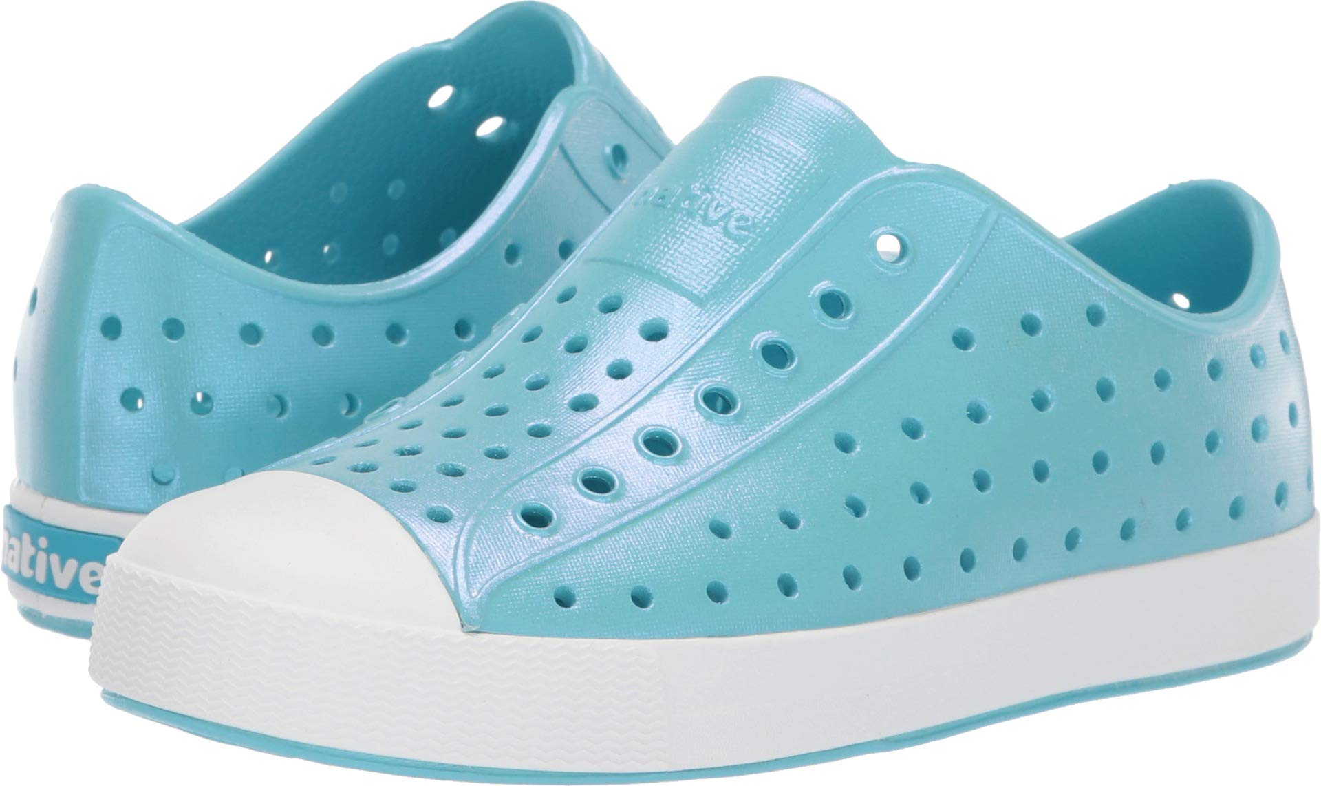 Native Kids Shoes Girl's Jefferson Iridescent (Little Kid) Hamachi Blue/Shell White/Galaxy Iridescent 2 M US Little Kid
