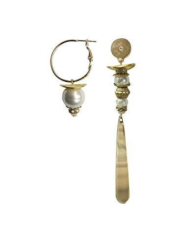 PENDIENTES asimétricos dorados baño oro y perlas.