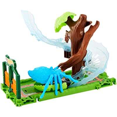 Hot Wheels City Spider Park Attack Playset: Toys & Games