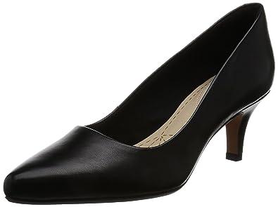 57c72ee1b138 Clarks Women s s Isidora Faye Closed Toe Heels  Amazon.co.uk  Shoes ...