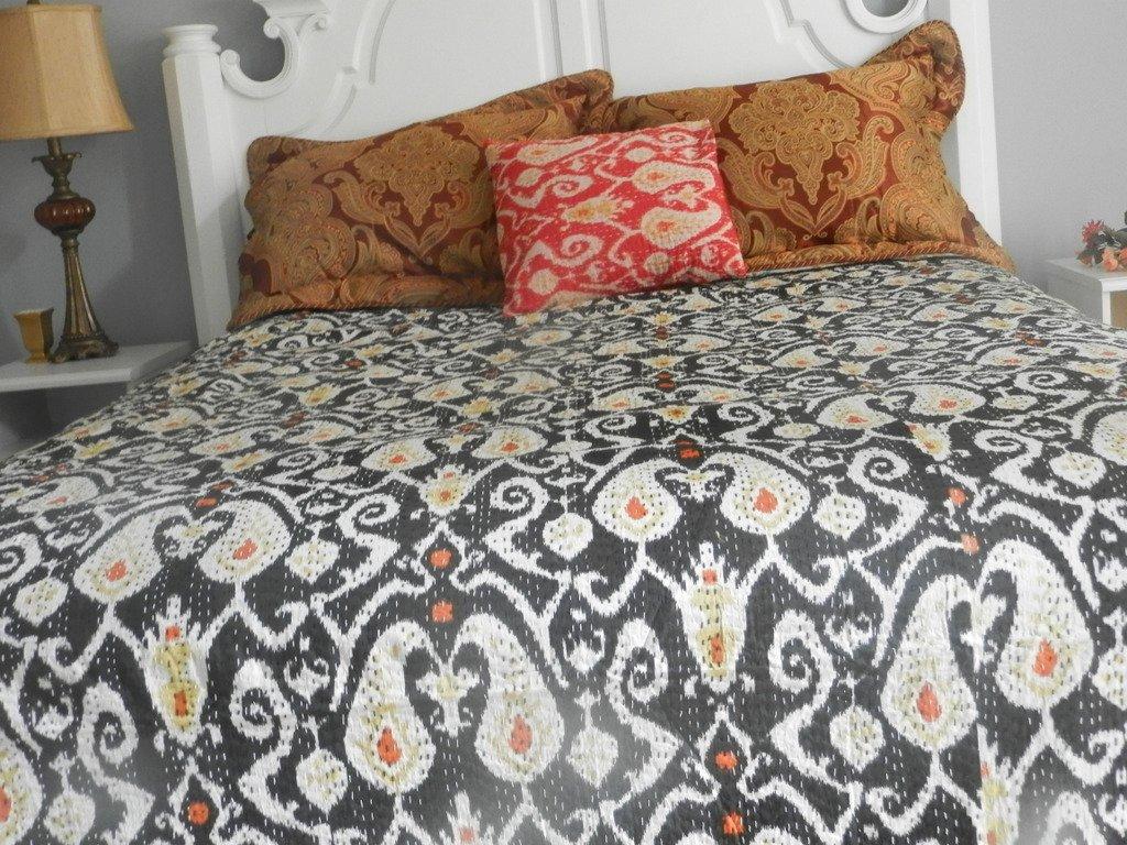 Queen Bedding Ikat Quilts ( Black)