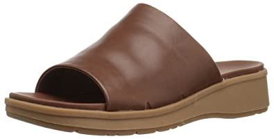 9290b6b274a BareTraps Rebecca Women s Sandals   Flip Flops Auburn Size 5.5 M ...