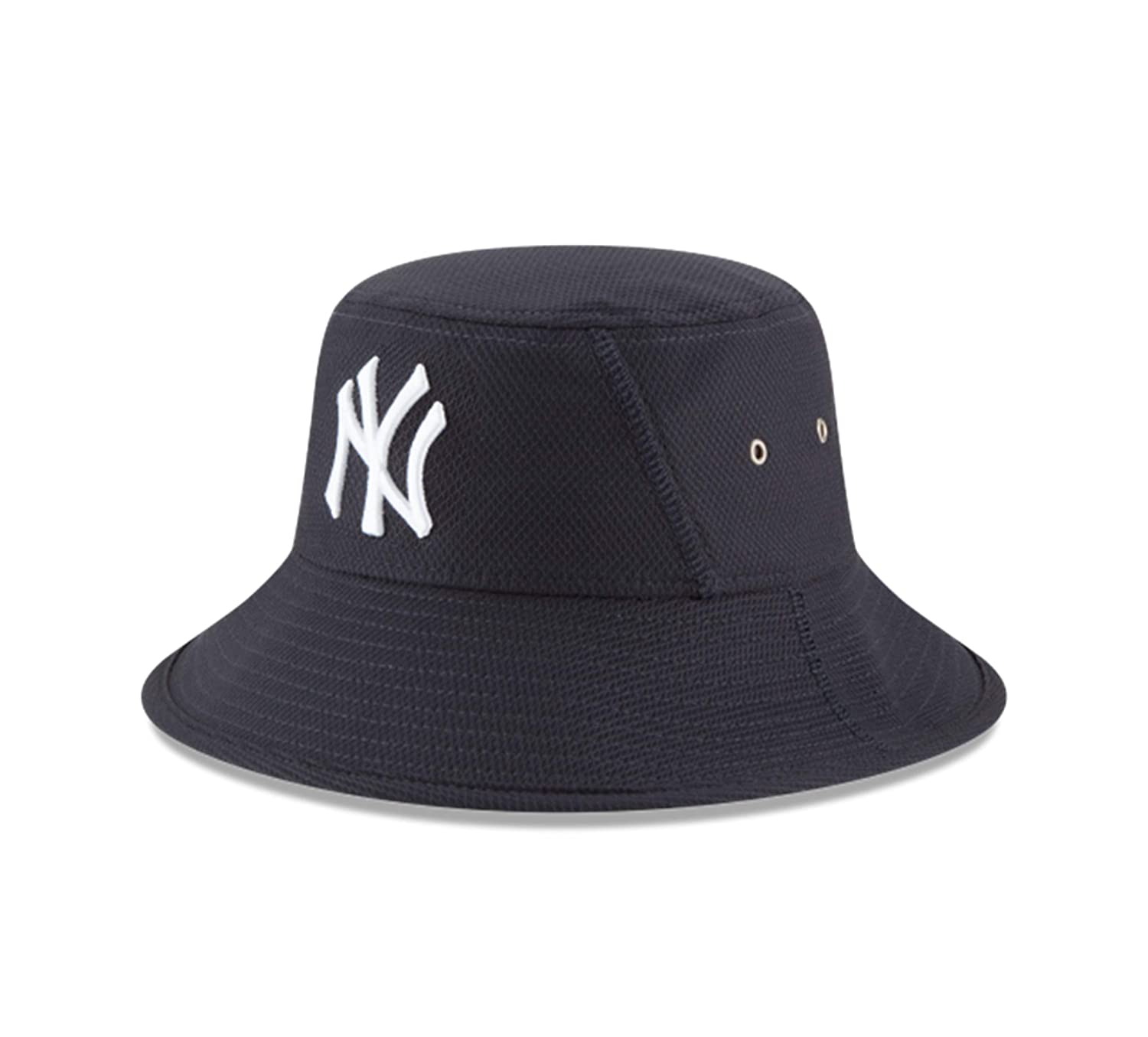 Amazon.com   MLB New York Yankees 2016 Clubhouse Bucket Stretch Fit ... fa46102ddc8
