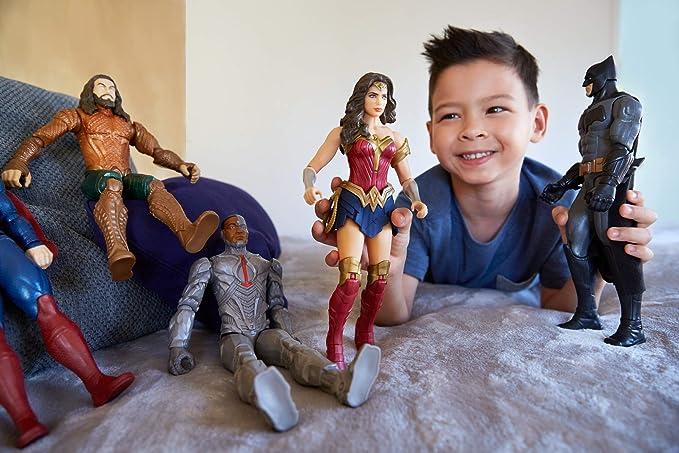 DC Justice League Surtido figuras de acción básicas Wonder Woman ...