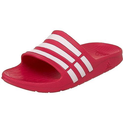 separation shoes be279 ed0dc Adidas Duramo Slide K, Zapatos de Playa y Piscina para Niñas Amazon.es  Zapatos y complementos