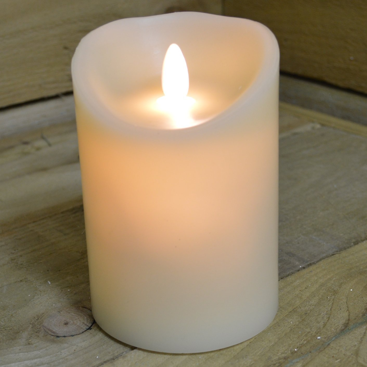 Premier Battery Operated Real Wax Candle with Dancing Flame in Ivory 13cm - Christmas Olore Home 243534