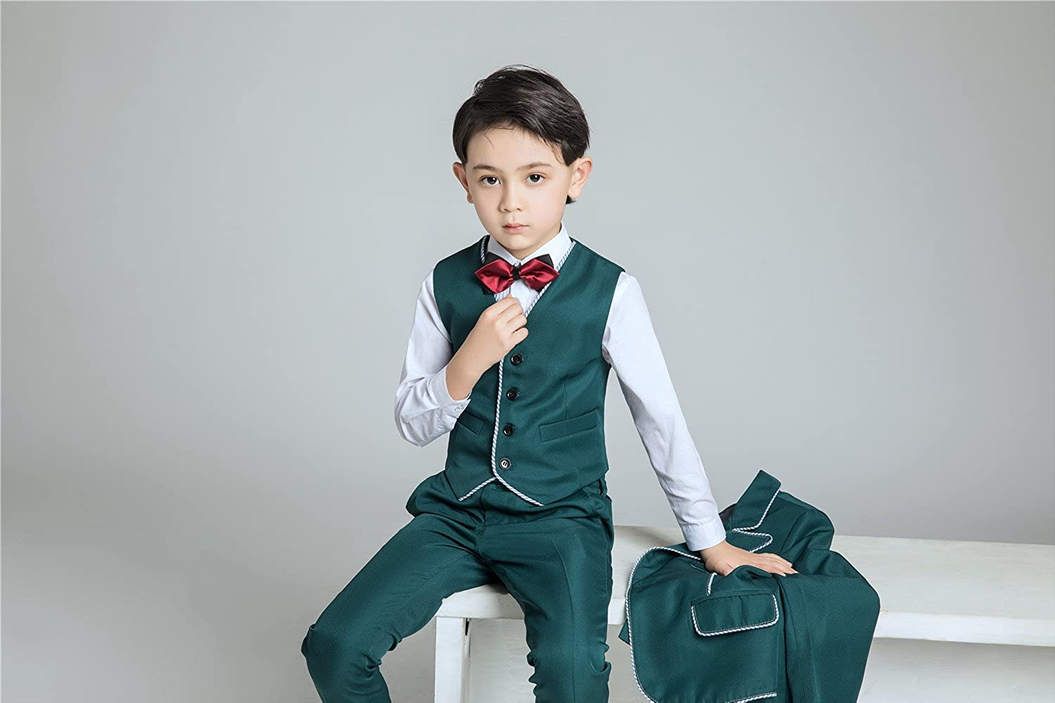 Amazon.com: Yuanlu 5 Piece Toddler Suits for Boys Tuxedo with Peak ...