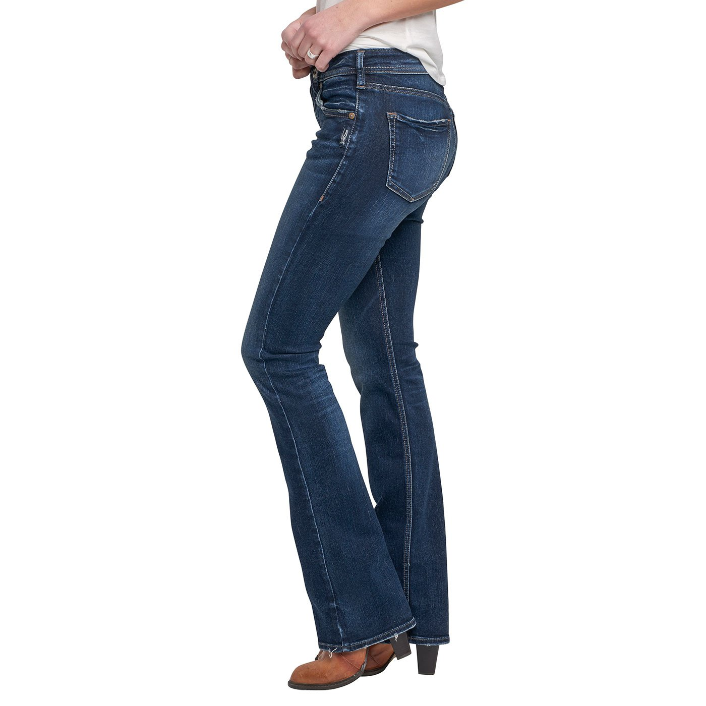 0eb53af0 Amazon.com: Silver Jean's Co. Women's Avery Curvy Fit High Rise Slim ...