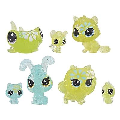 Littlest Pet Shop Petal Party Daisy Collection, 7 Pets, Part of The LPS Petal Party Collection: Toys & Games