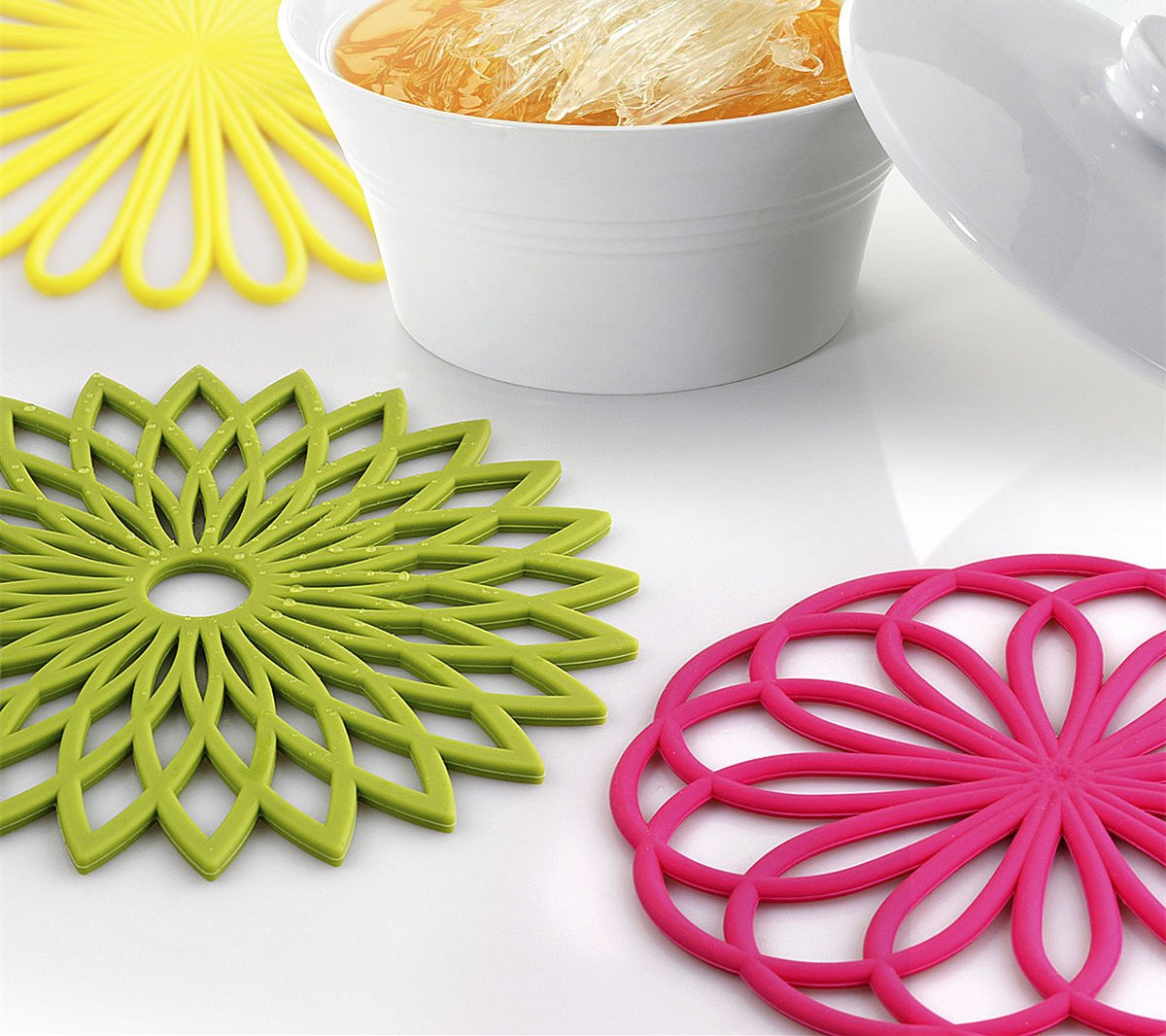 ME.FAN 3 Set Silicone Multi-Use Flower Trivet Mat - Premium Quality Insulated Flexible Durable Non Slip Coasters Hot Pads Yellow by ME.FAN (Image #5)