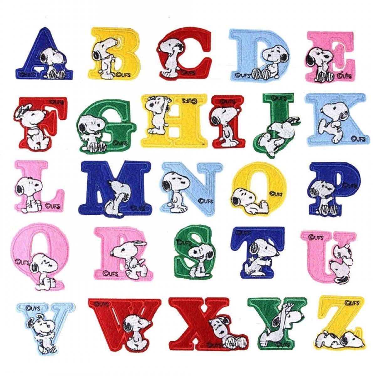 CHENGYIDA - 26 unidades de parches de Snoopy con las letras del alfabeto - Para planchar o coser en chaquetas, sombreros, vestidos, camisas - Accesorios de manualidades Ltd.