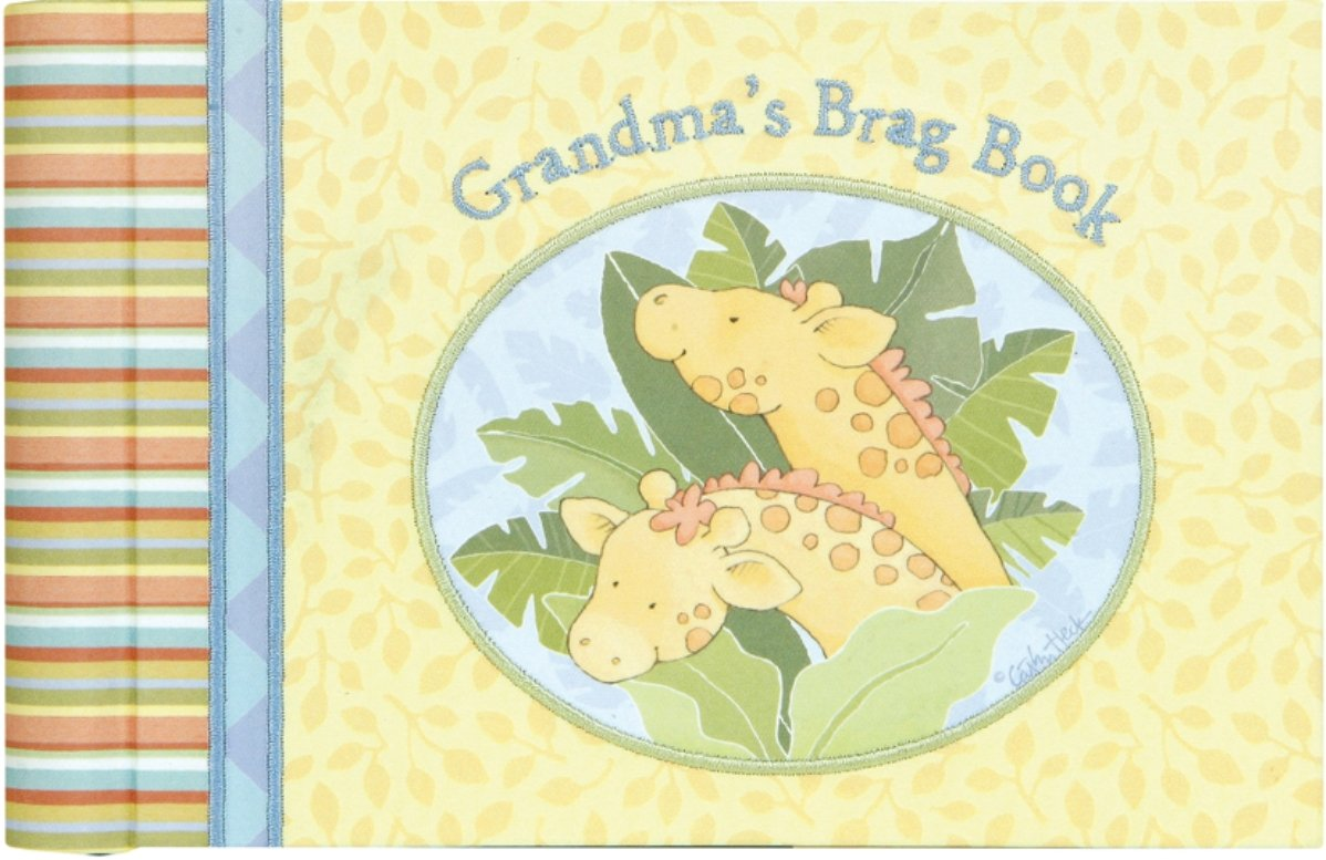 "C.R. Gibson Grandma's Brag Book, 10 Sheets/20 Pages, Measures 4.5"" x 7"" - Welcome Home Noah"