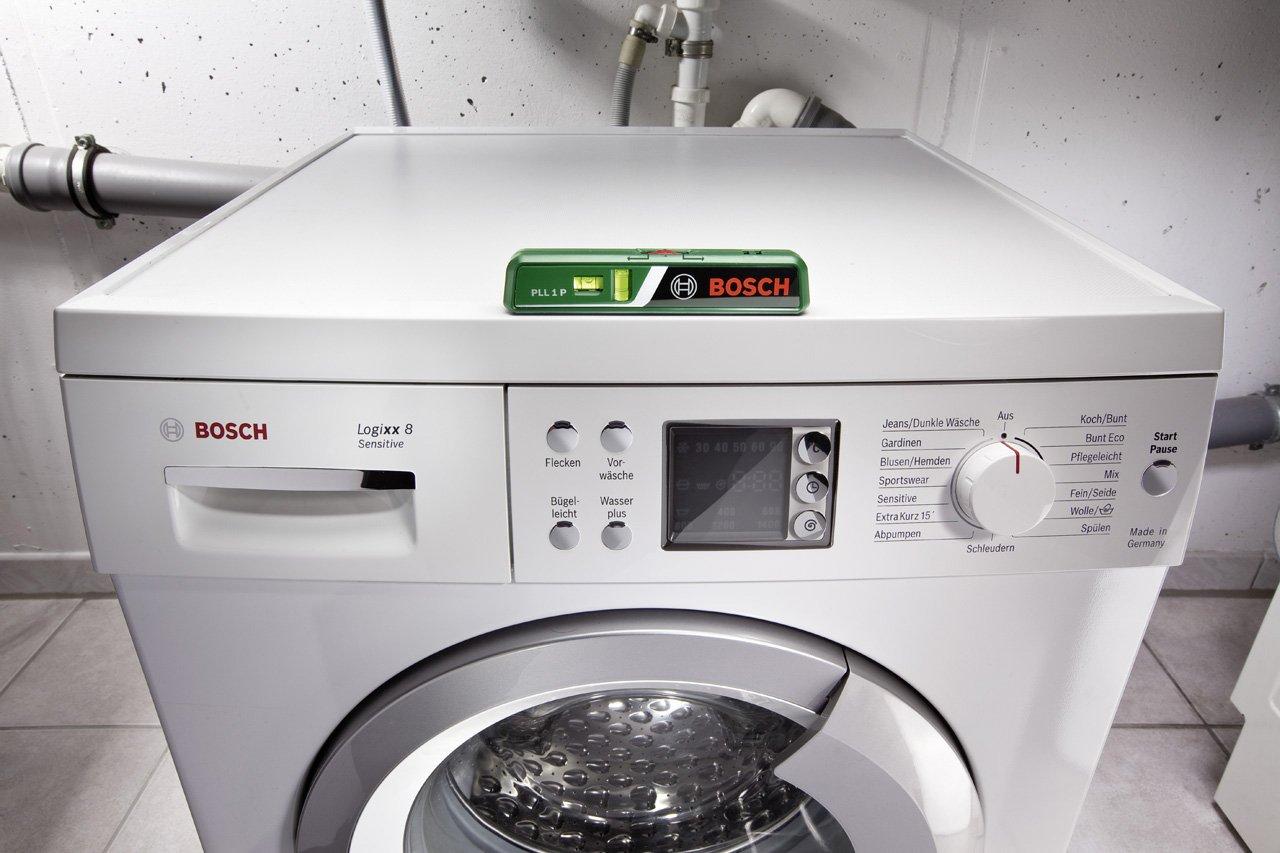 Bosch Laser Entfernungsmesser Mit Wasserwaage : Bosch laser wasserwaage pll p batterien universalhalterung