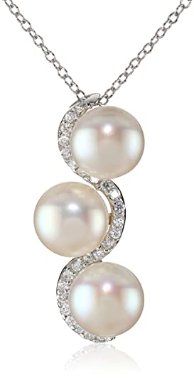 Bella Pearl Trilogy White Pearl Pendant Necklace, 19""