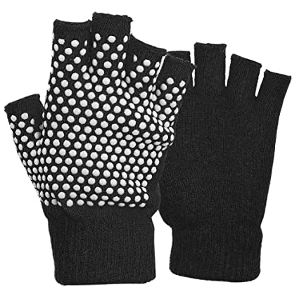 Amazon.com : Zer one Non Slip Half Finger Yoga Gloves ...