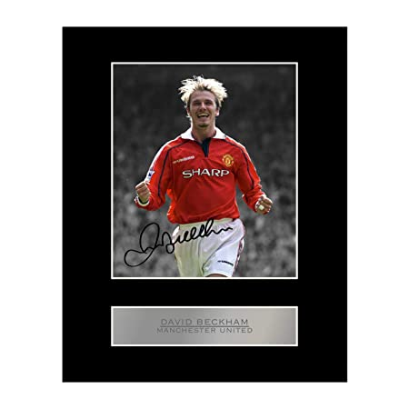 d26797a0db3 David Beckham Signed Mounted Photo Display Manchester United FC  2  Autographed Gift Picture Print  Amazon.co.uk  Kitchen   Home