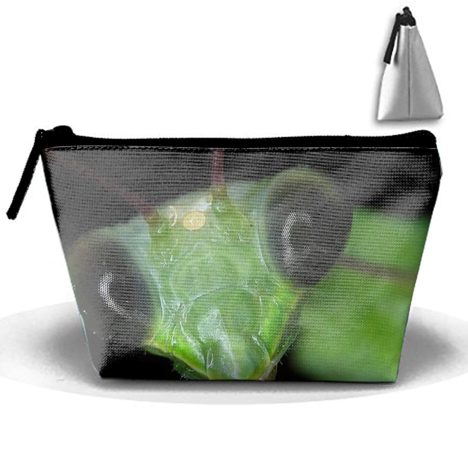 Roomy Cosmetic Bag Animal Praying Mantis Toiletry Pouch Makeup with Zipper for Travel