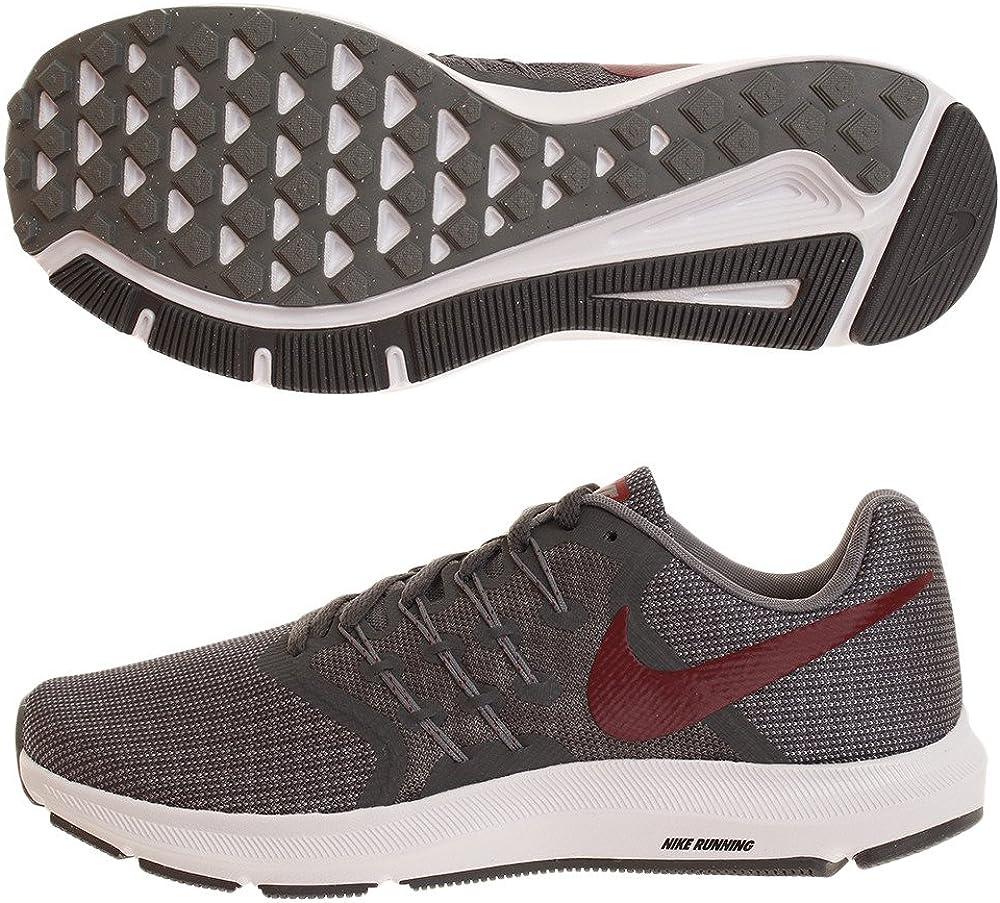 Nike Run Swift, Zapatillas de Running para Hombre, Gris (Dk Grey/Team Red/Cool Grey/Whi 012), 47 EU: Amazon.es: Zapatos y complementos