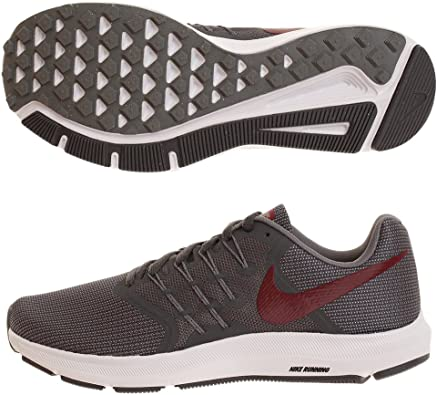 Nike Run Swift, Zapatillas de Running para Hombre, Gris (Dk Grey/Team Red/Cool Grey/Whi 012), 47 EU: Amazon.es: Zapatos y complementos