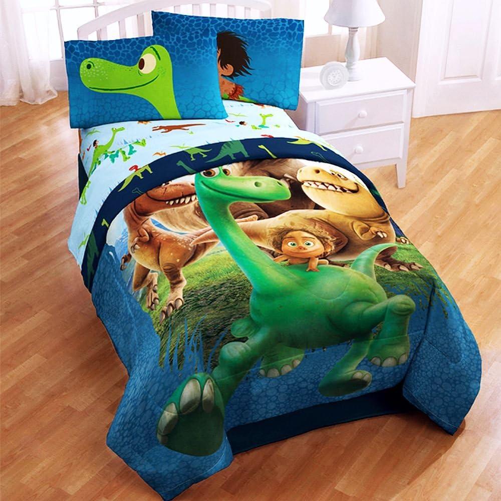 Disney Pixar The Good Dinosaur Twin Sized 4 Piece Bedding Set Comforter And Sheet Set Amazon Ca Home Kitchen